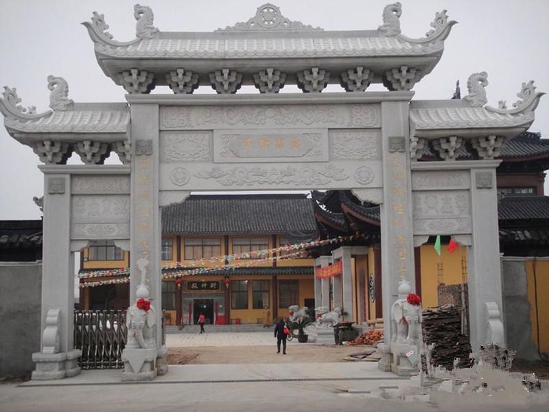 寺院石雕牌坊